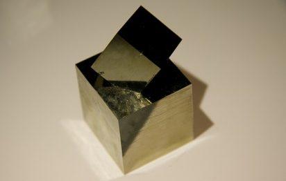 Pyrite crystal pixabay