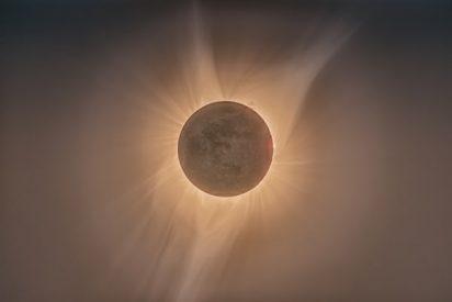 5g bryan golf solar eclipse
